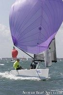 RS Sailing RS Elite sailing Picture extracted from the commercial documentation © RS Sailing