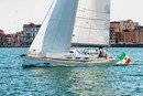 Italia Yachts Italia 12.98  Image issue de la documentation commerciale © Italia Yachts