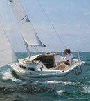 Catalina Yachts Catalina 27 sailing Picture extracted from the commercial documentation © Catalina Yachts