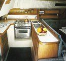 Catalina Yachts Catalina 30 MkII interior and accommodations Picture extracted from the commercial documentation © Catalina Yachts