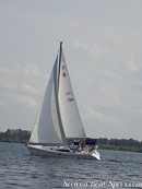 Catalina Yachts Catalina 309 sailing Picture extracted from the commercial documentation © Catalina Yachts
