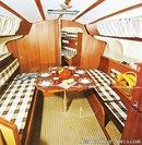 Jeanneau Aquila interior and accommodations Picture extracted from the commercial documentation © Jeanneau