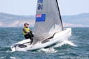 Devoti Sailing Finn en navigation Image issue de la documentation commerciale © Devoti Sailing