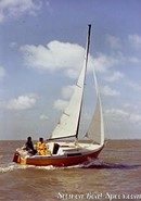 Jeanneau Flirt sailing Picture extracted from the commercial documentation © Jeanneau
