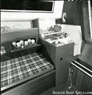 Jeanneau Brin de folie intérieur et aménagements Image issue de la documentation commerciale © Jeanneau