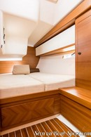 Italia Yachts  Italia 13.98 accommodations