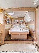 Lagoon 52 F accommodations