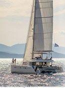 Lagoon 560 S2 sailing