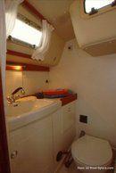Hallberg-Rassy 34 accommodations