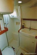 Hallberg-Rassy 42F accommodations