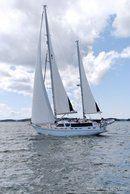 Nauticat Yachts Nauticat 525 sailing