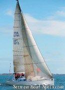 Bénéteau 34.7 sailing