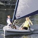 Catalina Yachts Catalina Expo 12.5 sailing