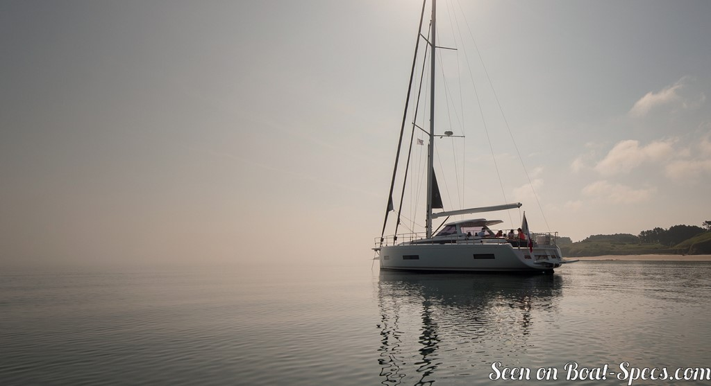 Amel 50 sailboat specifications and details on Boat-Specs com