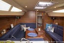 Marlow Hunter 33 accommodations