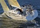 Arcona Yachts Arcona 340 sailing