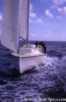 Jeanneau Alizé sailing