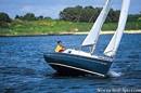Jeanneau Sun 2000 sailing