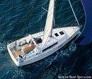 Bénéteau Océanis 35 sailing