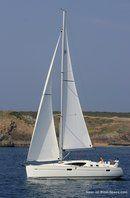 Jeanneau Sun Odyssey 39 DS sailing