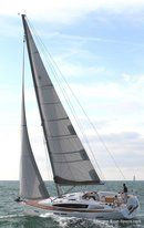 Jeanneau Sun Odyssey 41 DS sailing